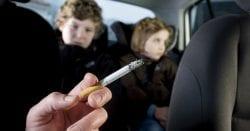 Vietato Fumare In Auto