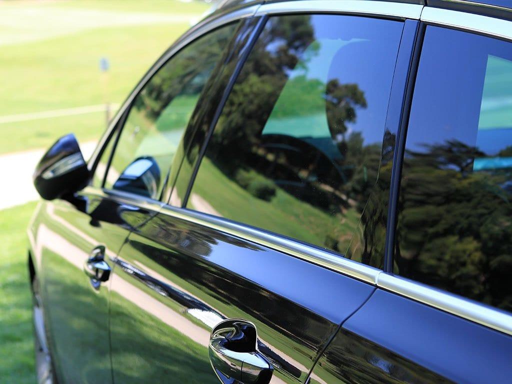 Vetro originale o no la tua auto merita una scelta - Vetri oscurati casa ...